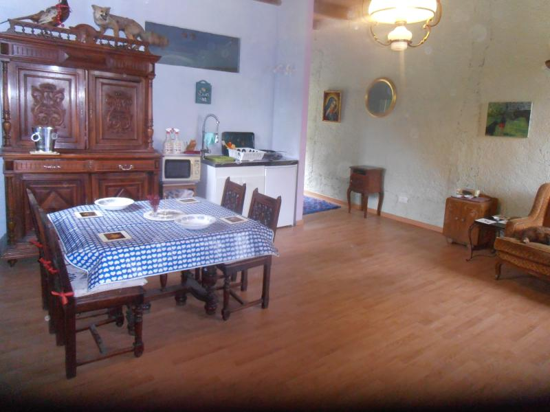 DINING IN ITALY ON FRENCH FURNITURE WITH A VIEW OF NATURE LISTEN TO THE WILD ANIMALS AND ENJOY