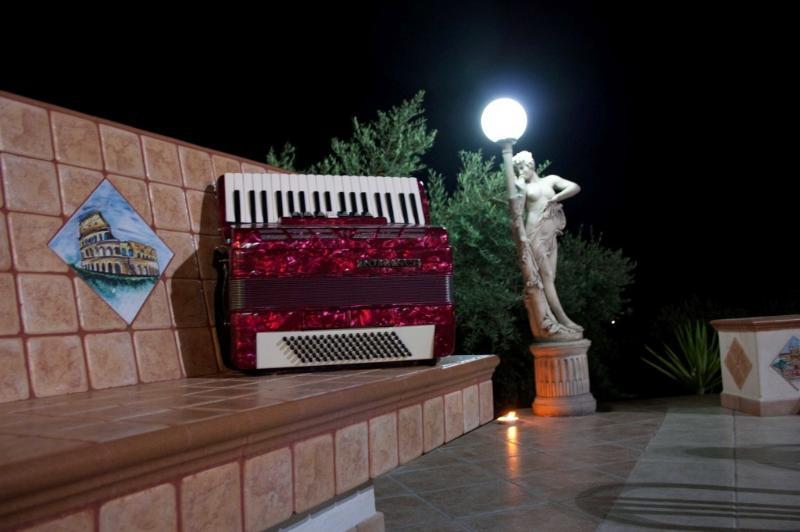 Musica e Relax per le vostre serate in Villa Di Rosa