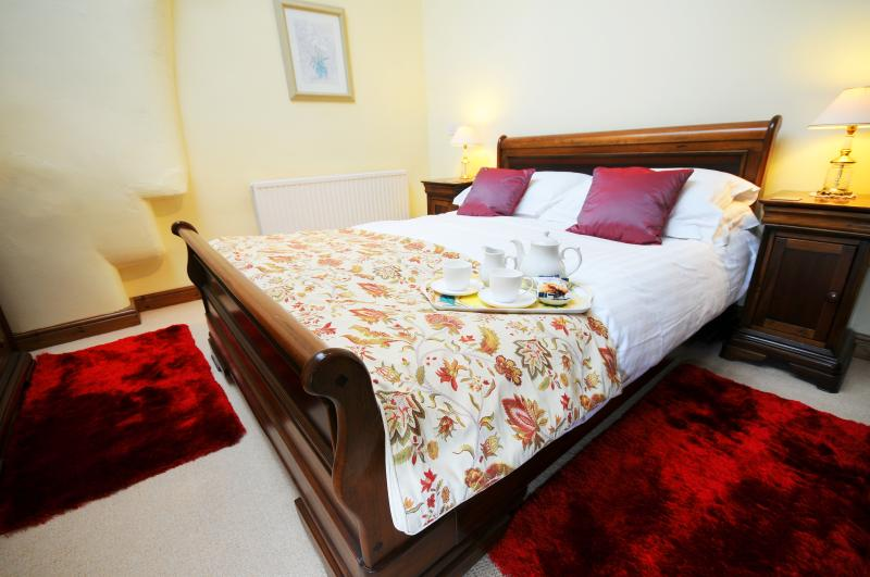 Top quality bed linens in Curlews Nest
