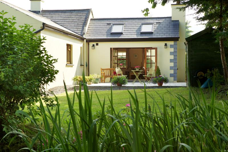 Kate's Cottage, holiday rental in Clashmore