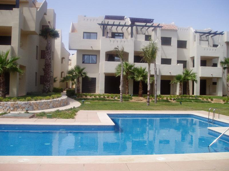 Fabulous 2 bed apartment, Ferienwohnung in Los Alcazares