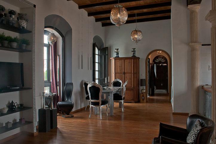 Loft Apartment Amadeus: Dar Cilla Guest House Apartments, location de vacances à Tarifa