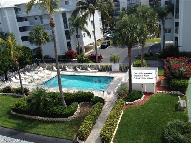 Hotel,Resort,Building,Garden,Pool