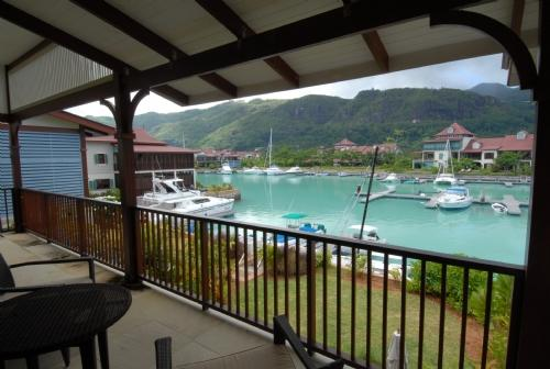 Eden Island Masion 4 bedrooms, holiday rental in Anse Etoile