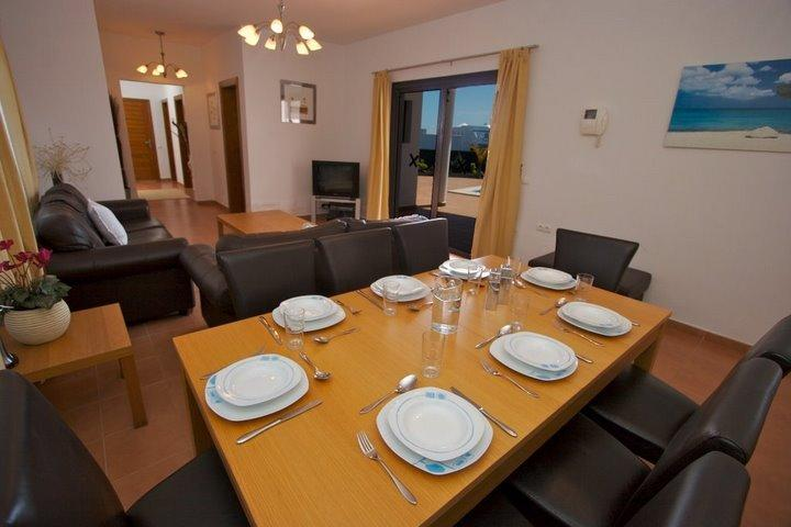 Comfortable dining with ample setting for 8.