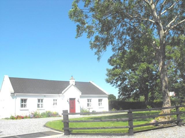 Ashtree Cottage, Co. Offaly  in the centre of Ireland, holiday rental in Athlone