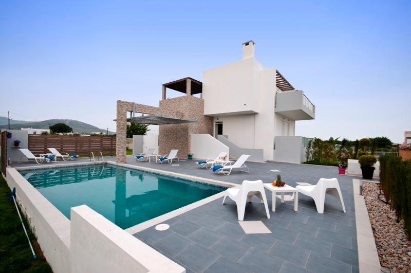 XENOS VILLA 1 , WITH SEA VIEW, PRIVATE POOL NEAR THE SEA, location de vacances à Kos Town