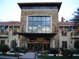 Casa De Rossi is beside the Golf Club House