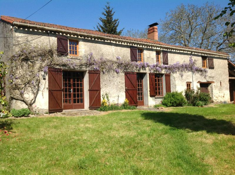 Front aspect of Le Puy Renou Farmhouse