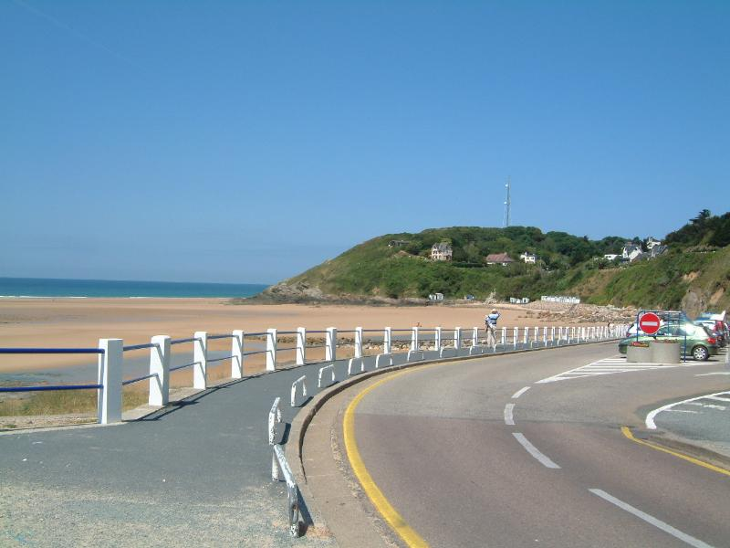 Beautiful beach and clifftop walks at Carteret