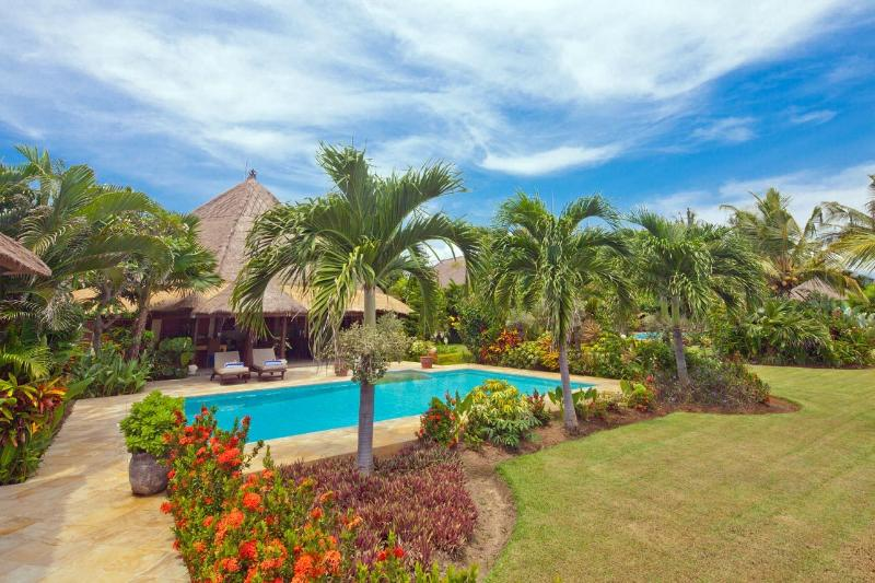 Bali Sea Villas - North Bali. A peaceful and tranquil location on the beach, luxury and comfort.