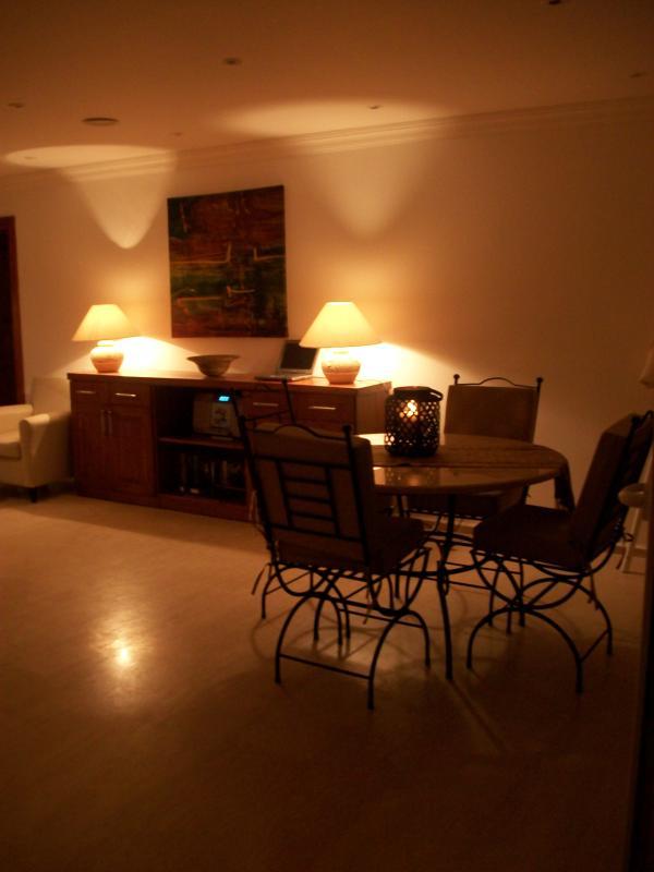 Lounge Night Time Villa Beluga