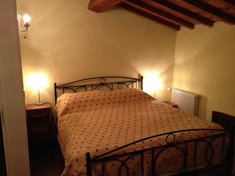 Gite Madres Double Bedroom