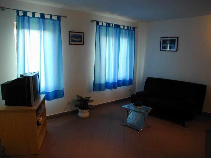 Living room - Apartment 2