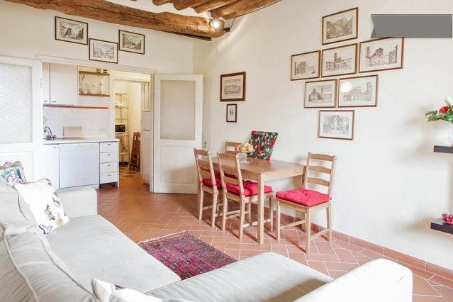 Lucca vacation rental, holiday apartment in Lucca, self catering apartment Lucca, the Walls of Lucca