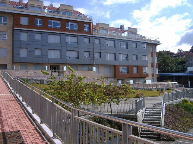 Apartamento a estrenar a 100m de la playa,Sanxenxo, aluguéis de temporada em Sanxenxo