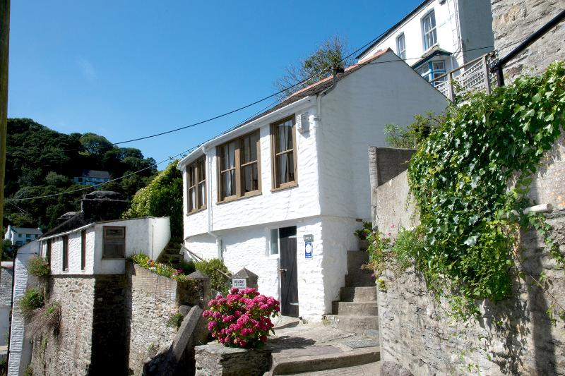 Lucy's Self-catering Holiday Cottage, holiday rental in Polperro