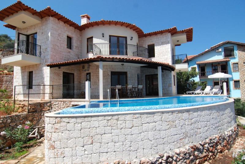 Villa Ates Poolside