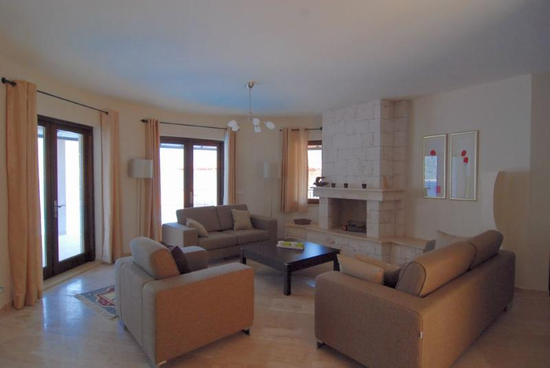 Villa Ates Living Room