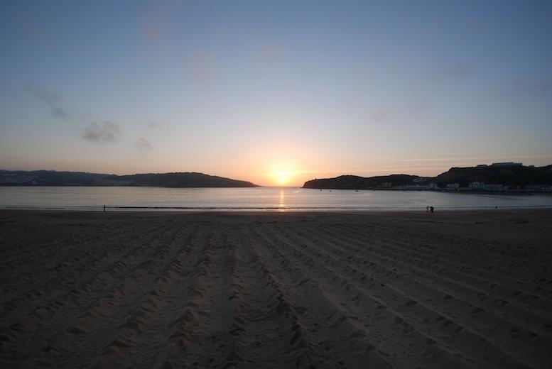 Sao Martinho do Porto sunset on the bay