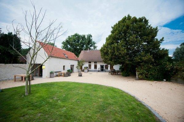 Vakantiehuis Meerse Hirondelle, location de vacances à Dentergem