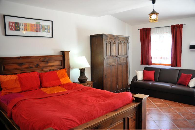 Casa Roja bedroom