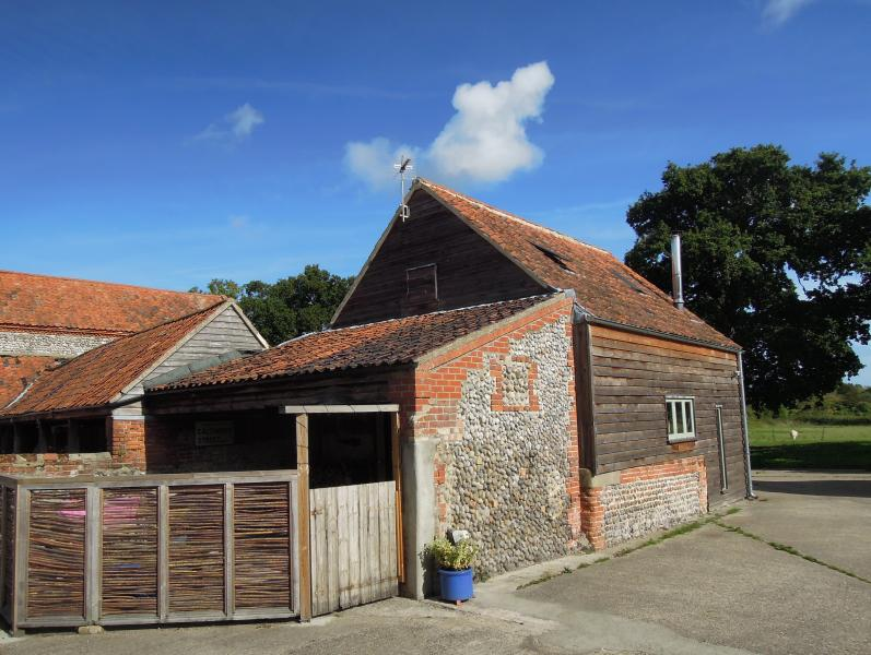 Jerry's barn, North Norfolk retreat - UPDATED 2020 ...