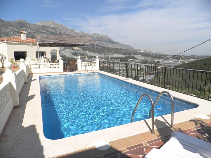 Villa & gated pool