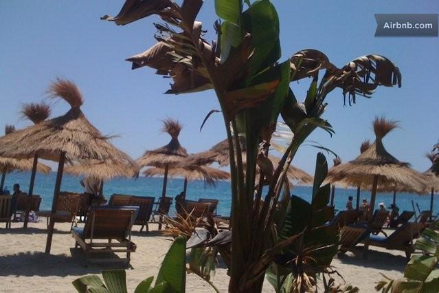Caulonia di Marina sandy beach with resturants. 15 minutes walk or 5 minute drive from apartment