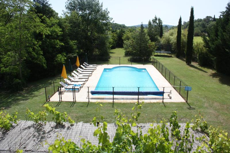 Fenced 12 x 6m pool