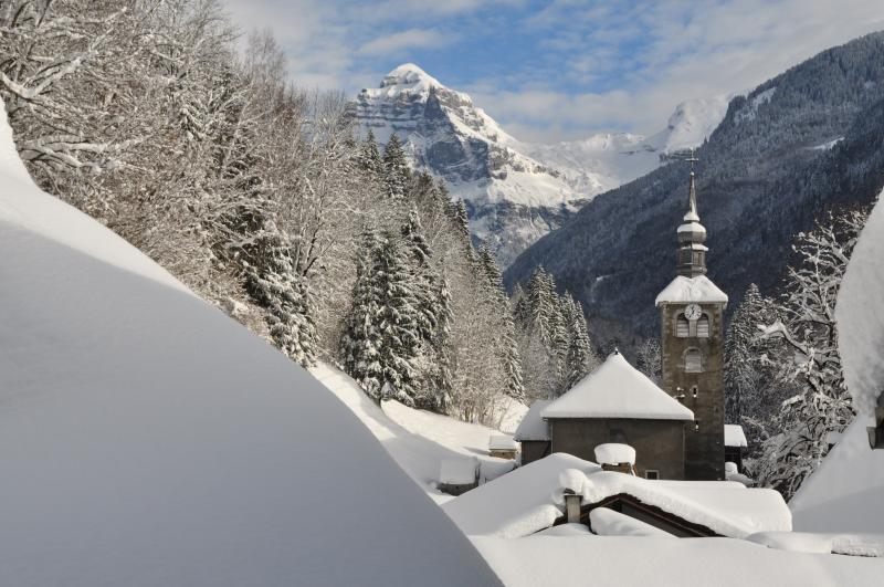The church in Sixt Fer a Cheval, just 2 minutes from the chalet
