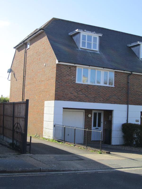 Tankerton Town House. Just around the corner from shops and slopes to the sea at the end of the road