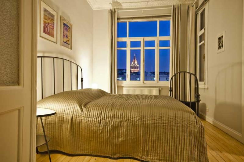 Bedroom#1 at night