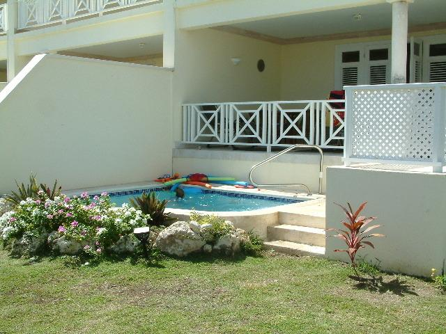 Dip pool, enclosed garden and ground floor balcony