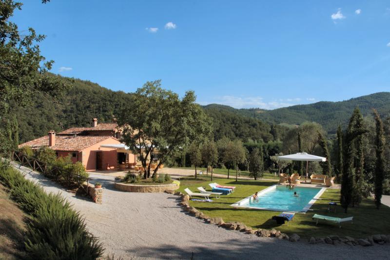 Casale Belforte Villa, location de vacances à Col di Morro
