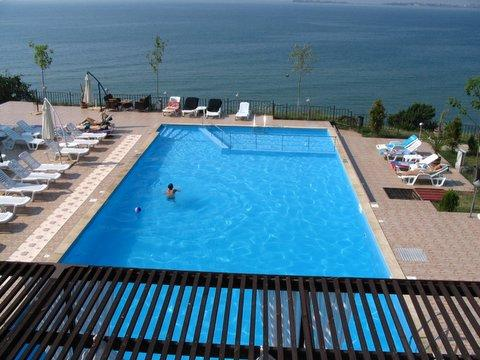 Swimming pool with sea views