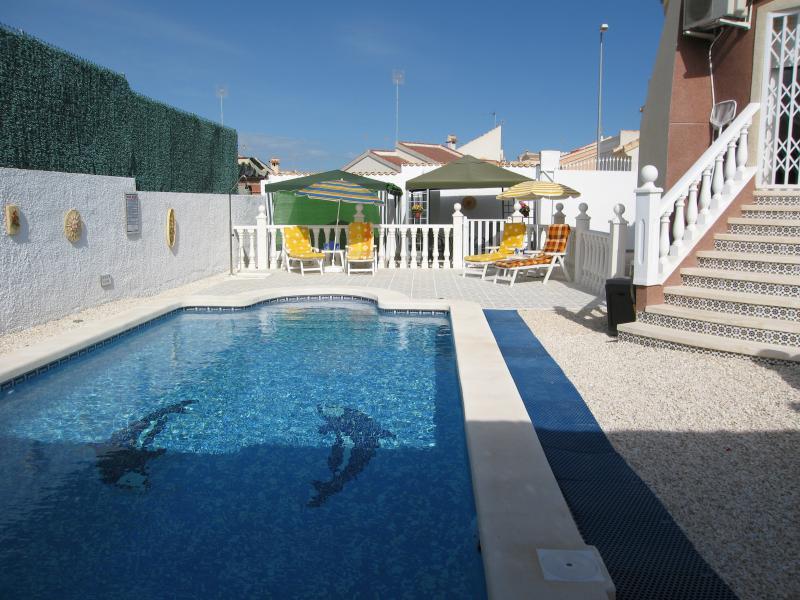 Saltwater 9x5m Pool & private pooldeck