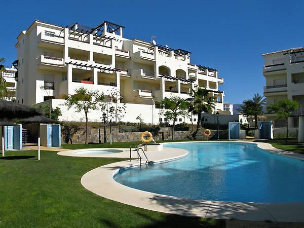 Penthouse with seaview !, holiday rental in Pueblo Nuevo de Guadiaro