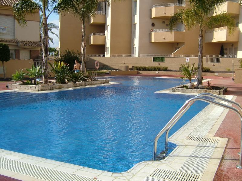 Side view of adult pool