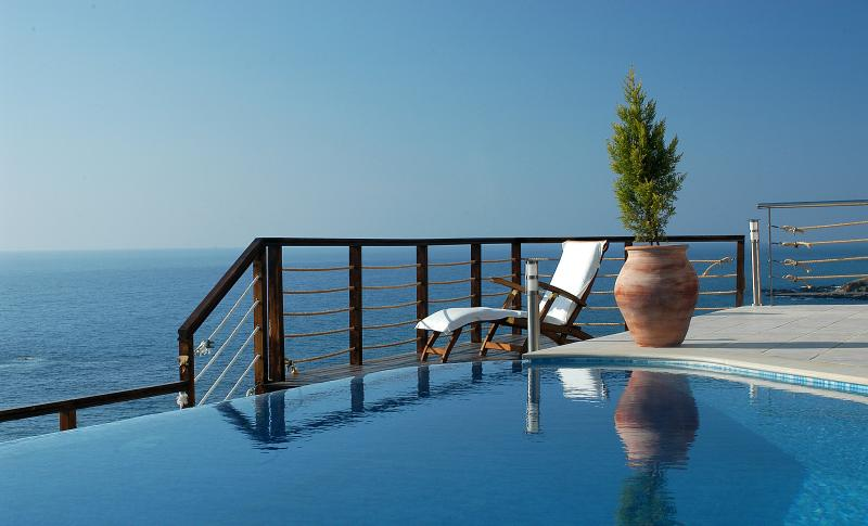 Sea front luxury beach villa with private swimming pool