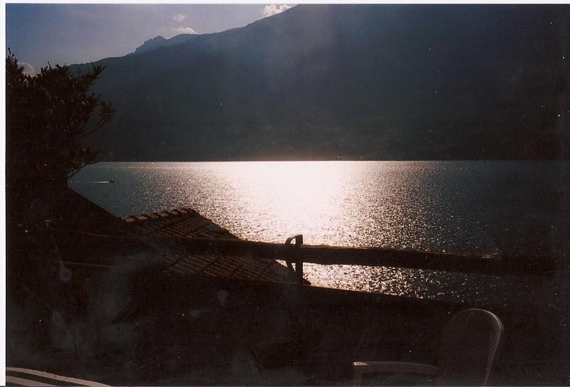 vue depuis la terrasse de villa ortensia du soir