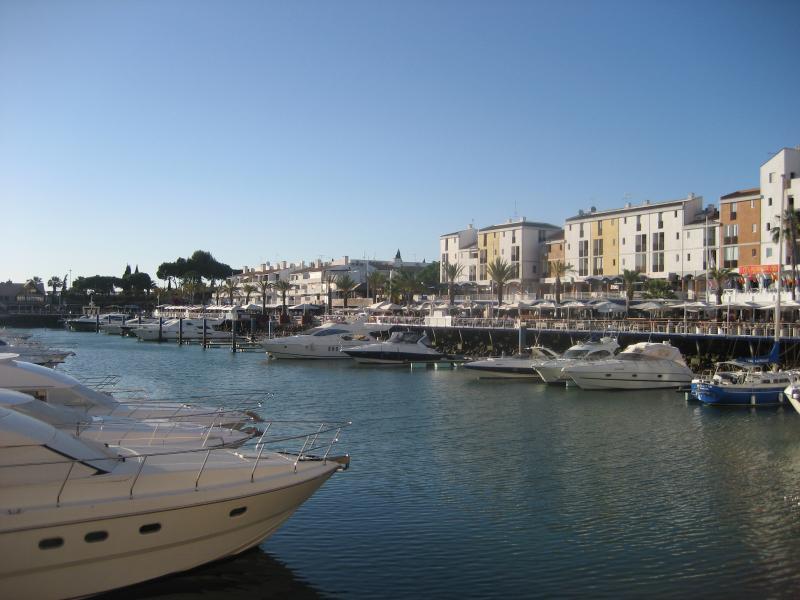 Villamoura marina