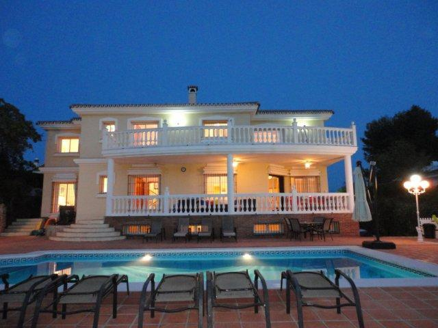 Large spacious villa idea for a large family holiday 3 large balconies with sea and mountain views
