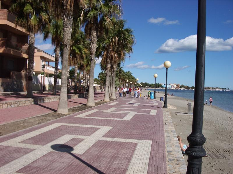 miles of flat walkways around the Mar Menor ideal of cylcling or walking!