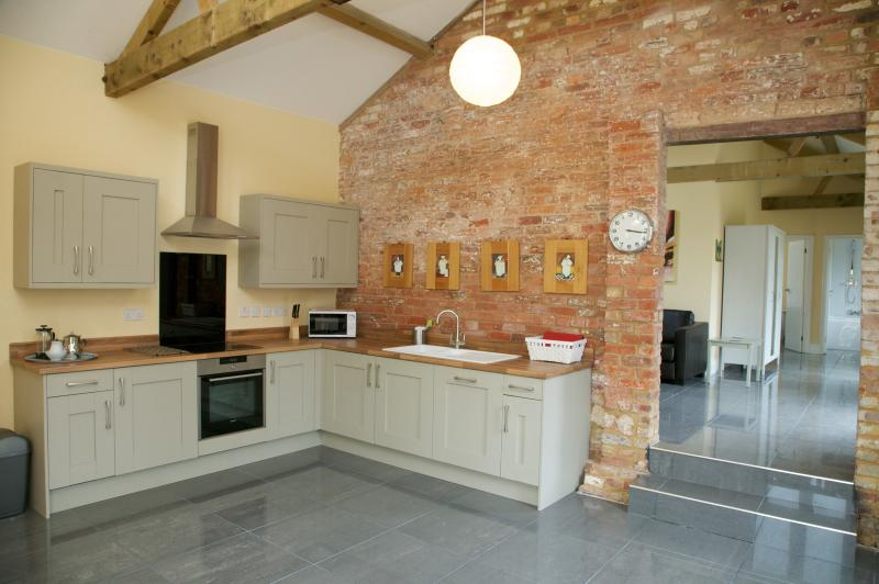 Owls Hoot, Towcester, Northamptonshire., holiday rental in Buckingham