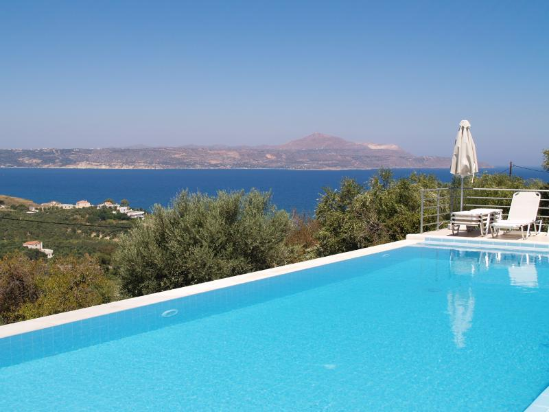 Villa Azure's Private 52m2 Infinity Pool