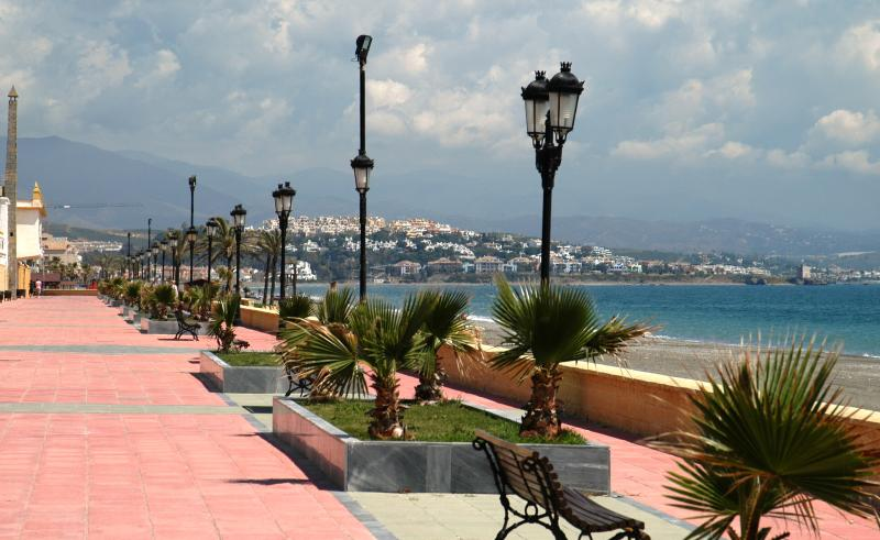 Duquesa's Golden Mile - great for a stroll in the sunshine