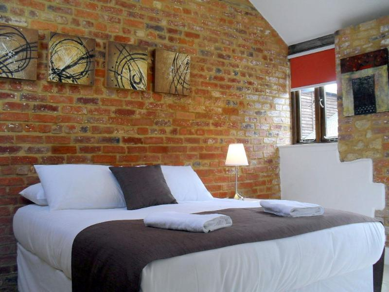 Mole Hole, Towcester, Northamptonshire., holiday rental in Buckingham