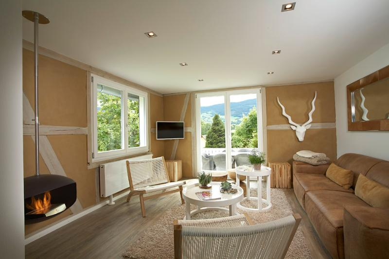 LA MAISON Freiburg 5* Black Forest Luxury Boutique Design Holiday Home, holiday rental in Sankt Margen