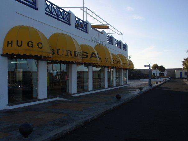 Marina shops